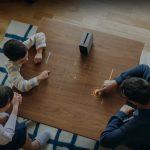 Sony Xperia Touch puede proyectar una pantalla táctil en cualquier superficie