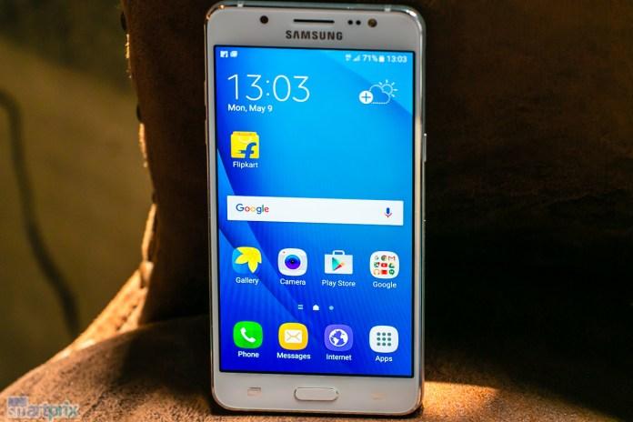 Samsung-Galaxy-J5- (2016) -en-India - 1