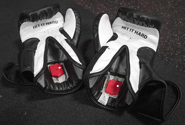 sensores en guantes de boxeo