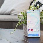 Los teléfonos Samsung venden más que los iPhones dos a uno, según un informe