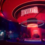 Devolverland Expo es un juego gratuito sobre convenciones canceladas