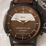 El reloj inteligente Fossil Hybrid HR cuenta con pantalla de tinta electrónica y duración de la batería de dos semanas