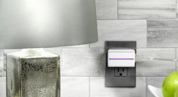 Figura 3. Muestra un enchufe inteligente conectado a un interruptor.