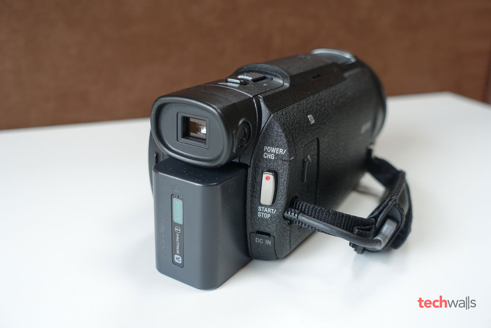 sony-fdr-ax33-camcorder-3
