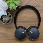 Revisión de AKG Y500: no son los auriculares que estaba buscando