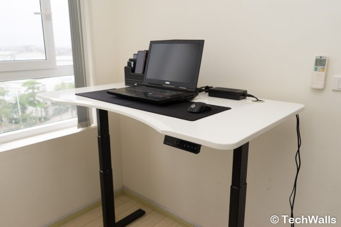 Revisión de Autonomous SmartDesk 2 Premium Business Edition: un escritorio de pie motorizado asequible