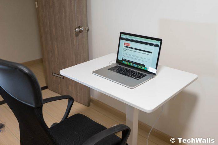 Revisión de escritorio ajustable en altura de pie y sentado de FitDesk
