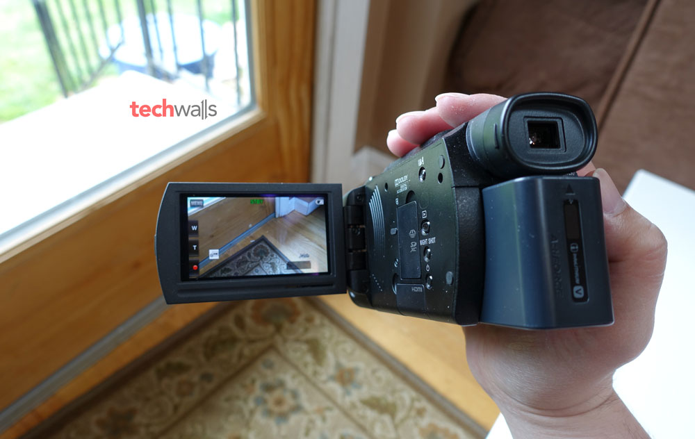 sony-fdr-ax33-camcorder-1
