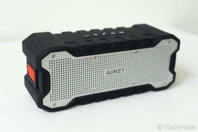 Revisión del altavoz Bluetooth AUKEY SoundTank SK-M12