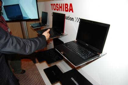 Portátil Toshiba Portege R850