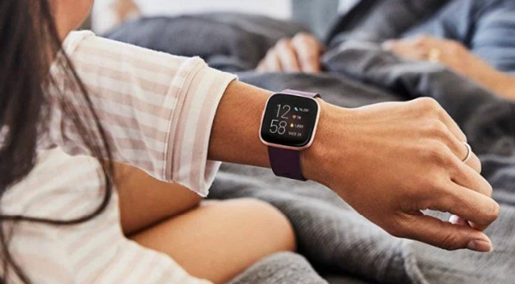 Fitbit emite ECG de reloj inteligente con detección de recuperación global