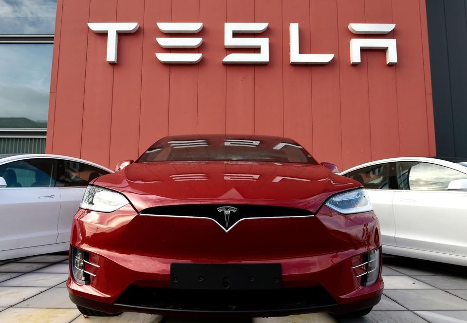 Característica de Tesla Boombox