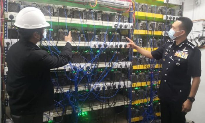 Police In Pahang Raid Another Premises Illegally Transformed Into Cryptomining Setup