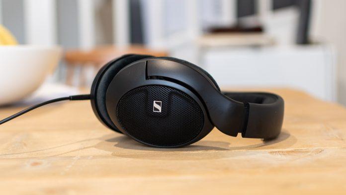 Revisión de Sennheiser HD 560S: excelentes auriculares de referencia