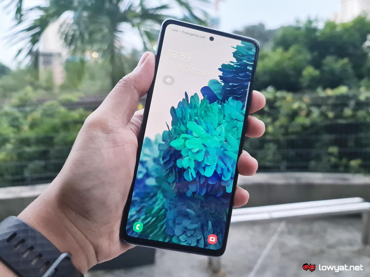 Samsung Galaxy S20 FE manos a la obra
